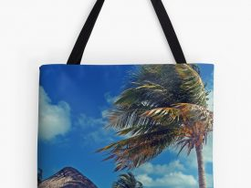 """Cancún"" Tote Bags"